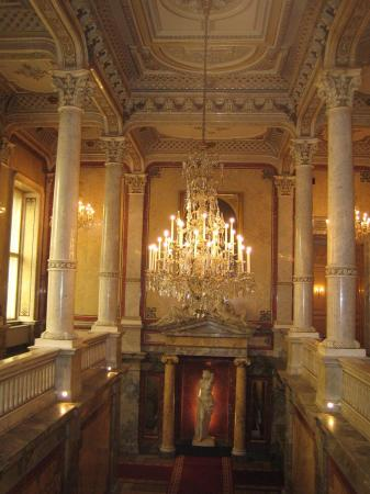 Hotel Imperial Vienna : staircase