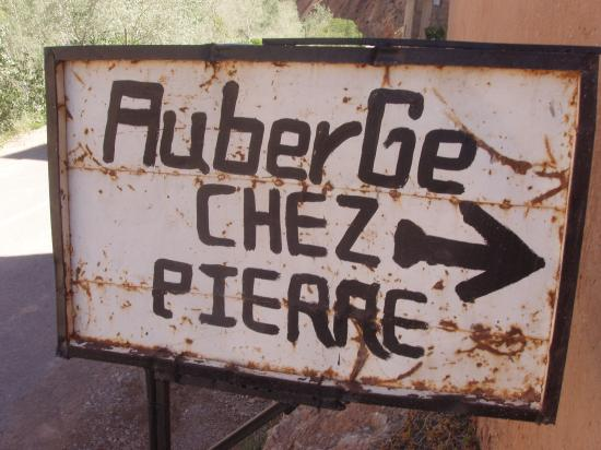Chez Pierre: Even the sign was rusty!