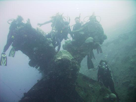 Propeller of the Rio de Janeiro Maru - Courtesy of media-cdn.tripadvisor.com