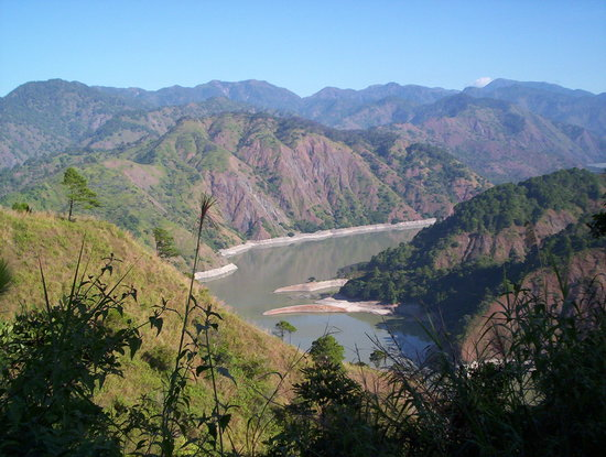 Baguio, Philippines : ambuklao dam, way to Pulag