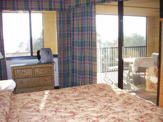 Eagle's Nest on Marco Beach: master bedroom