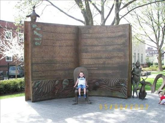 Dr Seuss Picture Of Dr Seuss National Memorial Sculpture Garden Springfield Tripadvisor