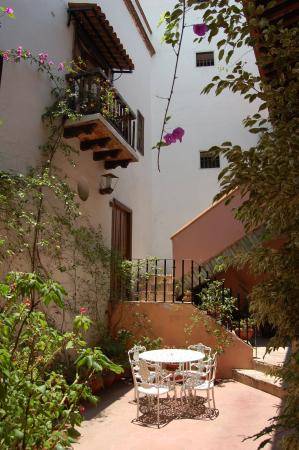 Hosteria Del Frayle : The inner courtyard