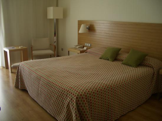 NH Ciudad de Mallorca: habitación