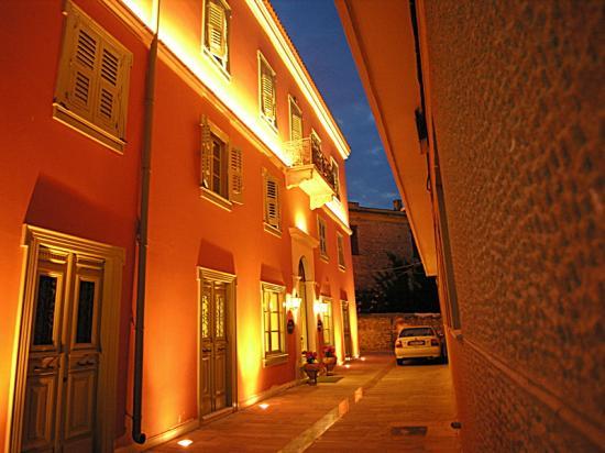 Hotel At Night  Picture Of Ippoliti Hotel, Nafplio. White Hart Inn. Gundem Resort. Fiona's Bed & Breakfast. Hotel Schmitt. The Palms Beach Hotel & Spa. Hotel Fliana. Royal Hotel. Aragona Palace And Spa Hotel