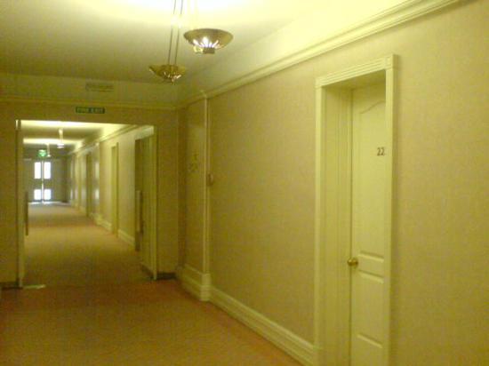 Corinthia Palace Hotel & Spa: Hallway