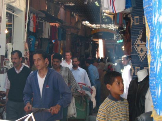 Riad Amssaffah: busy souks you been warned lol