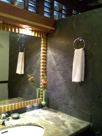 Turi Beach Resort: bathroom
