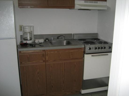 Sea Horn Motel : Kitchen Area