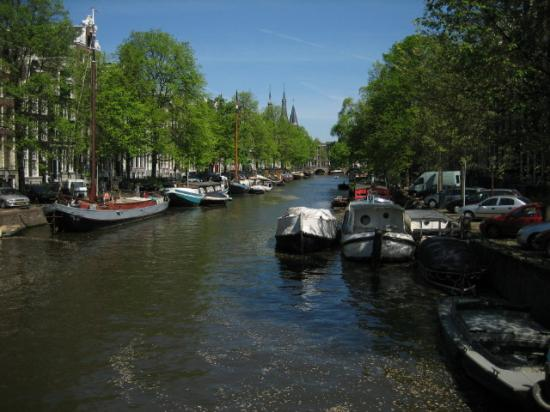 Singel Hotel: Canal view
