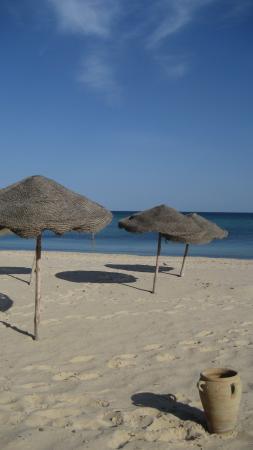 Mediterranee Thalasso Golf : The hotel's beach.