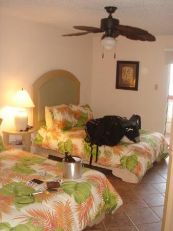 Luquillo Sunrise Beach Inn: the room