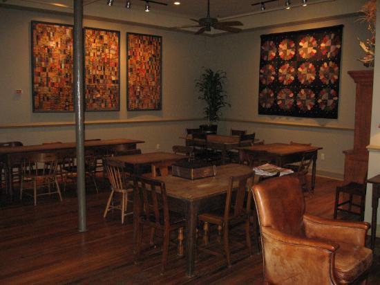 Riverwalk Vista: Breakfast room