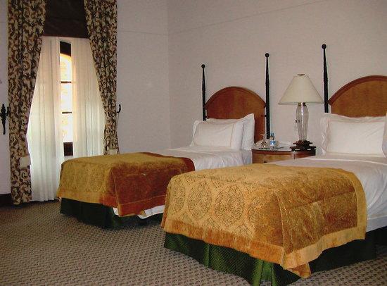 Four Seasons Hotel Istanbul at Sultanahmet: Four Seasons Room 2