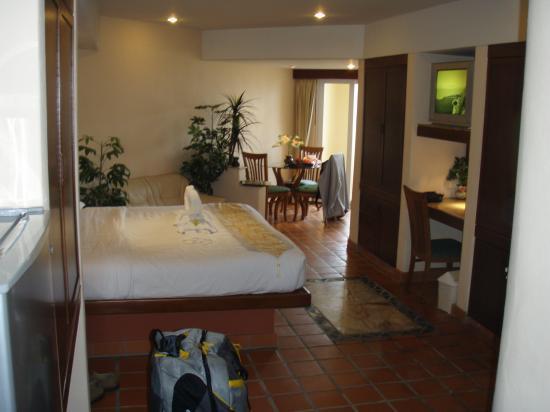 Pacific Club Resort : Corner Suite