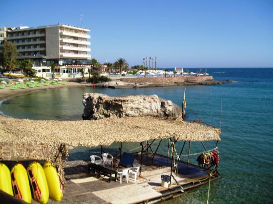 Star Beach Village: the beach nearby