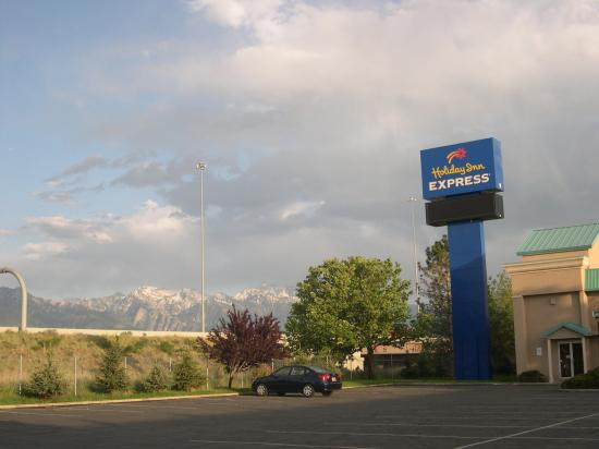 Baymont Inn & Suites Murray/Salt Lake City: Backdrop view