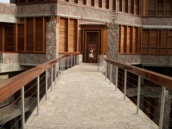 Jade Mountain Resort : JD3 - street to room
