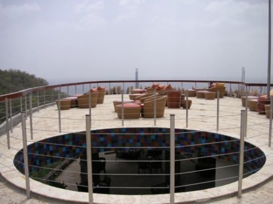 Jade Mountain Resort : Top of Jade Mountain Club - Sunning Deck
