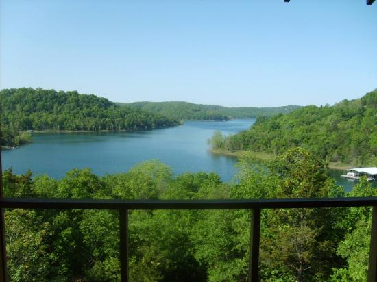 Beaver Lakefront Cabins: The view from the balcony