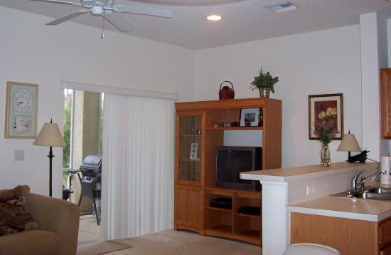 Perfect Drive Vacation Rentals : Living Area