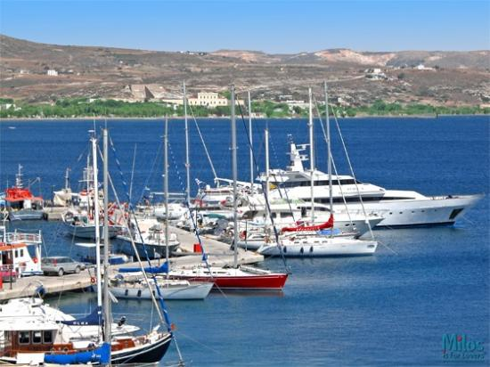 Adamas - Yachts, sailboats and fishing trawlers