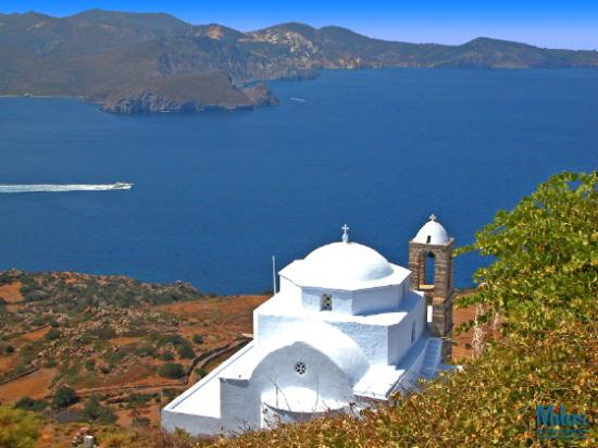 Milos, Grecia: View from Kastro - Thalassitra church