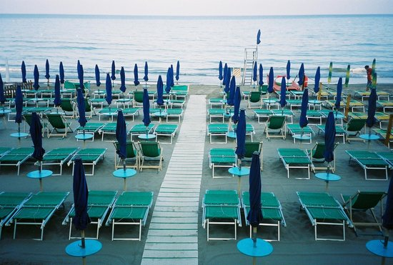 Hotel Majestic : alassio umbrellas