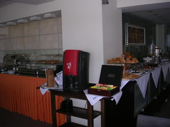Tropical Hotel: Buffet pour le petit-déjeuner