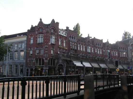 Hotel Di-Ann: The hotel.