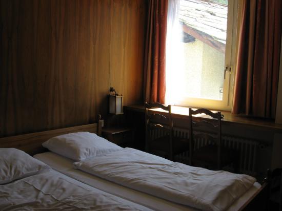 Le Petit CHARME-INN: Room pics