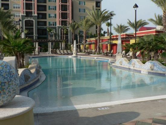 Hilton Grand Vacations At Tuscany Village Zero Entry Pool