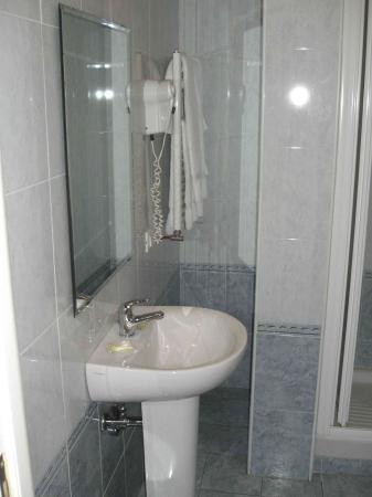 Residenza Belli: bathroom 2