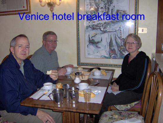 Hotel Bernardi Semenzato: breakfast at the hotel