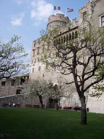 Trento, Italia: Outside Views of Castello Buonconsiglio