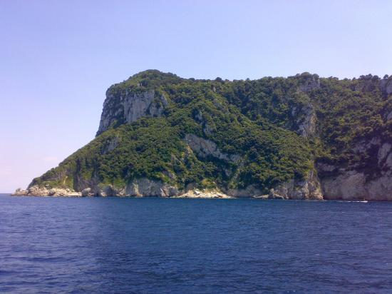 Mediterraneo: Capri arriving