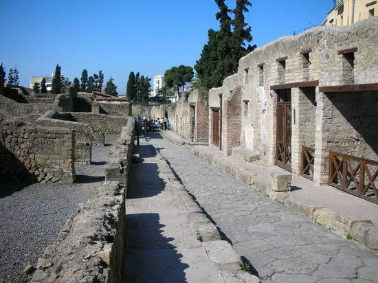 Bakeries in Pompeii
