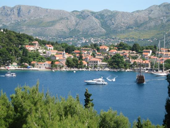 Hotel Croatia Cavtat: The Old Port in Cavtat viewed from the Pool Bar