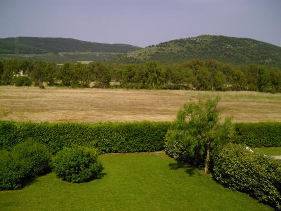 Hotel Domominore | Country Hotel : looking out of the bedroom window
