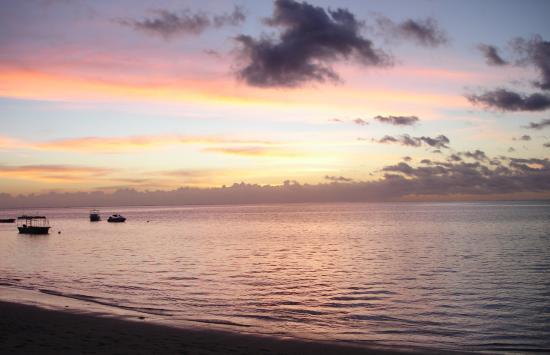 Castaway Island Fiji: Sunset