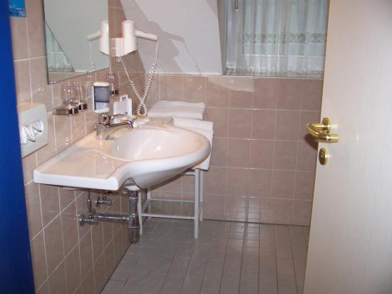 Austria Classic Hotel Hölle: Hotel Bathroom