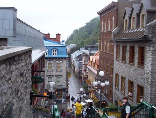 Old Quebec: Rue Petit-Champlain