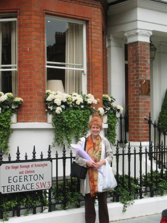 Egerton House Hotel: Front of hotel