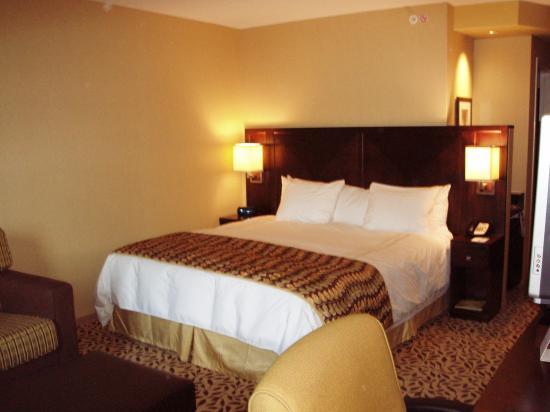 Courtyard Lake Placid: King Bed