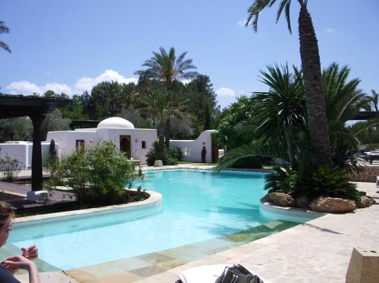 Agroturismo Atzaro: main pool - 2 others by villas