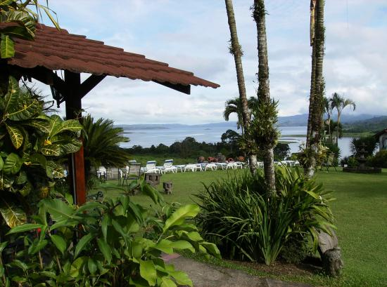 La Mansion Inn Arenal Hotel: View from the main lodge