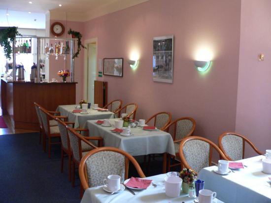 Juncker's Hotel Garni: Breakfast room