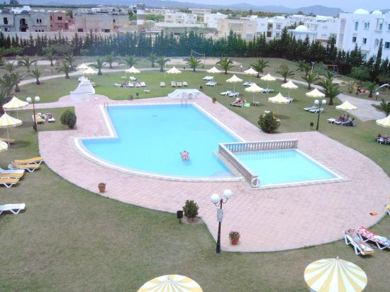Hotel Green Golf : View of pool area from balcony