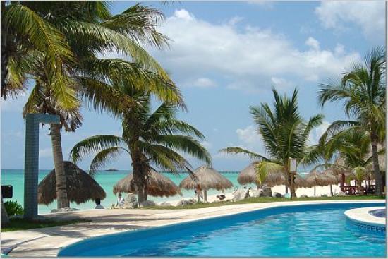 Mahekal Beach Resort: Aventura pool