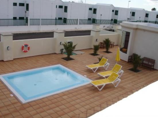 Riviera Park Apartments: Small Splash Pool